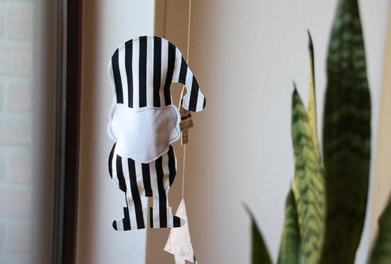 aus dem n hzimmer weihnachtsmann und tannenb ume aus. Black Bedroom Furniture Sets. Home Design Ideas