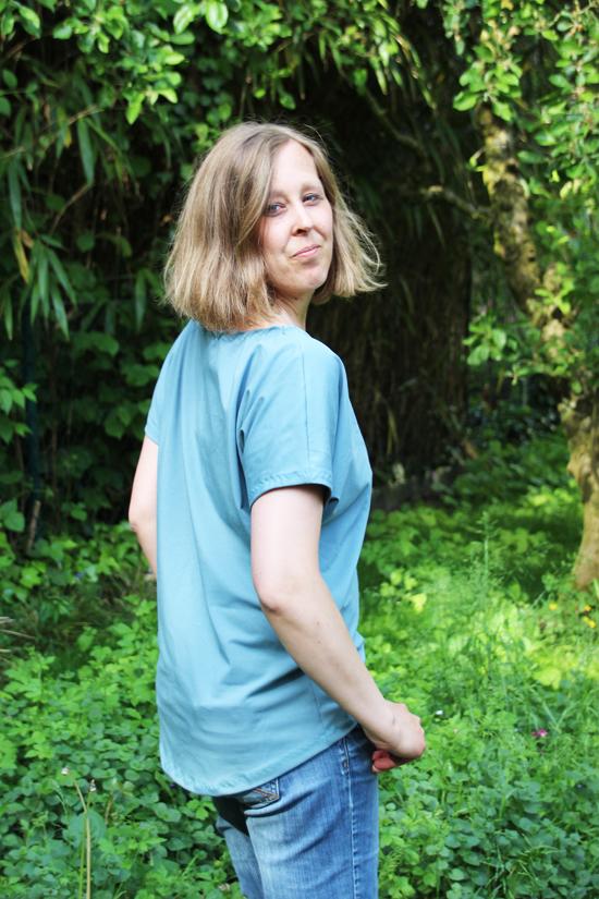 binedoro Blog, nähen, Shirts, FrauEdda von Hedi, Overlock 454D, W6, Nähmaschine