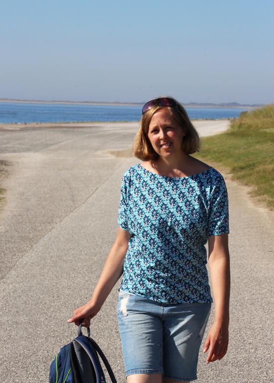 binedoro Blog, nähen, Jolijou, Swafing, Berry Dreams, Shirt, FrauEdda, Norderney
