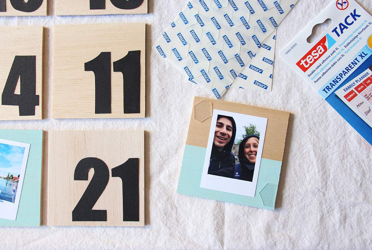 Adventskalender mit Fotokacheln aus Balsaholz - binedoro